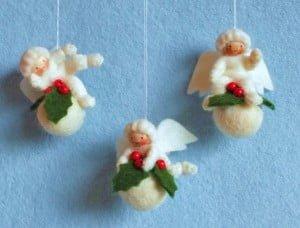 Drie kerstbalengeltjes