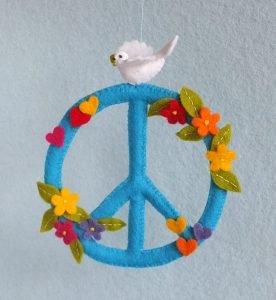 peace-hanger