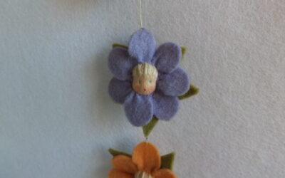 twee bloemetjes haarelastiekjes