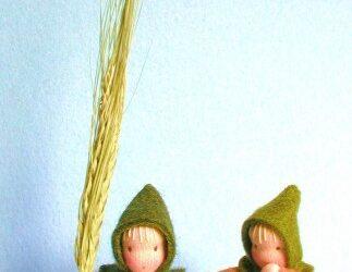 Twee bloemenkinderen koren