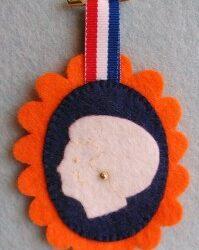 Medaillon voor koningin Beatrix